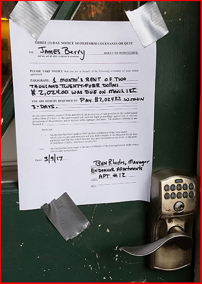 Picture of 3-Day Notice Taped